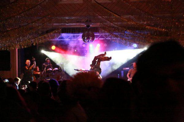 nausstragger-guggamusik-waeschenbeuren-2016-gombiger-btv-waeschenbeuren